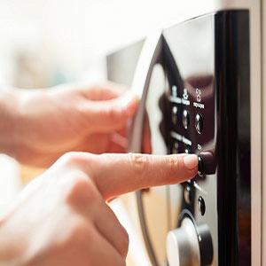 علت گرم نشدن غذا در ماکروفر